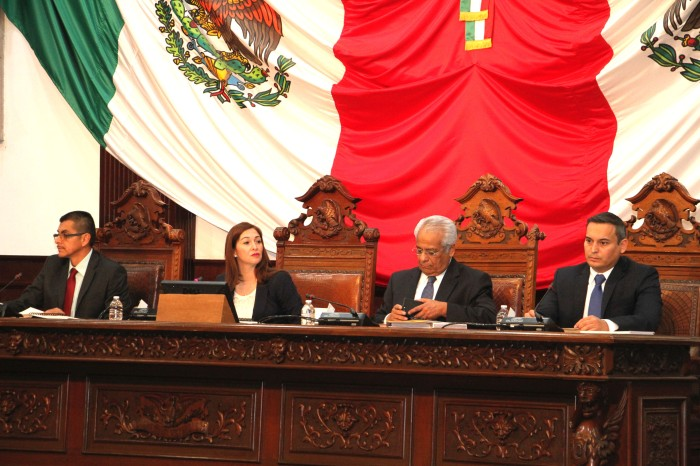legisladores1.jpg
