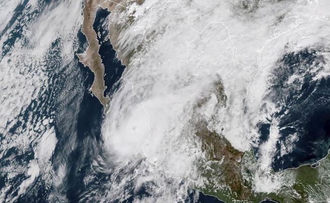 huracan-willa.jpg